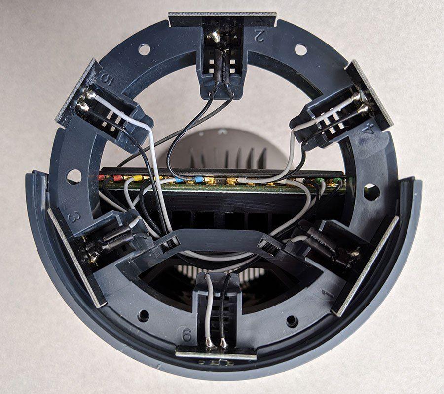 TGR1900_router_antenna_ring.jpg